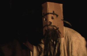 TerraDeuTerraCome-mascara-plano critico filme documentário plano critico