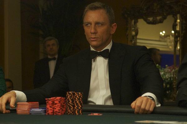 Crítica   007 – Cassino Royale (2006) – Plano Crítico