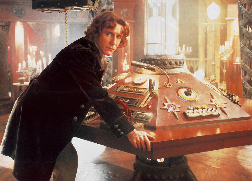O 8º Doutor em sua TARDIS