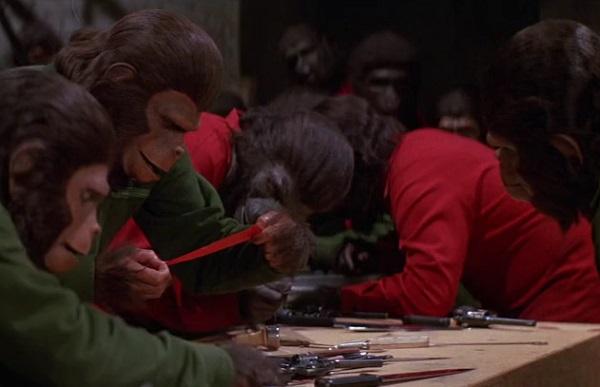 conquest-apes-still