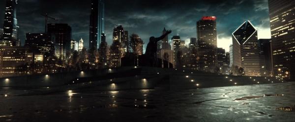 batman-v-superman-trailer-screengrab-1-600x249