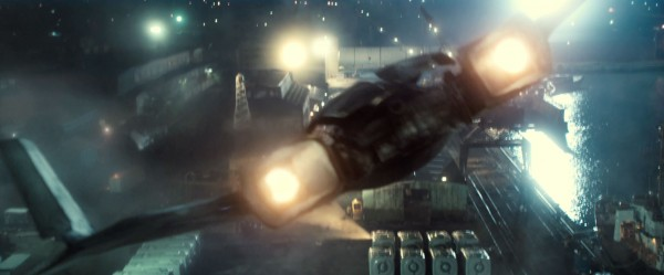 batman-v-superman-trailer-screengrab-18-600x249