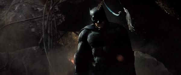 batman-v-superman-trailer-screengrab-24-600x249