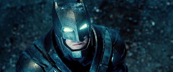 batman-v-superman-trailer-screengrab-28-600x249
