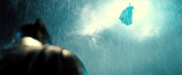batman-v-superman-trailer-screengrab-30-600x249