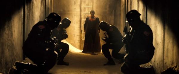 batman-v-superman-trailer-screengrab-7-600x249