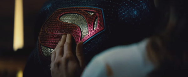 batman-vs-superman-trailer-image-24-600x247