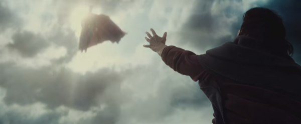 batman-vs-superman-trailer-image-25-600x248