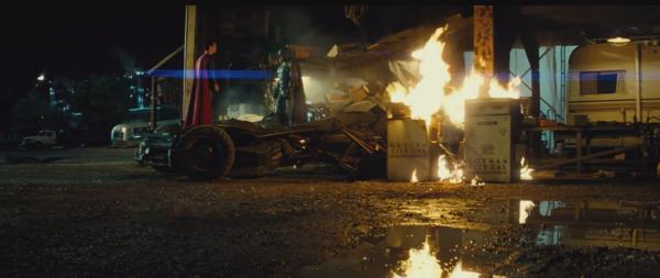batman-vs-superman-trailer-image-56-600x253