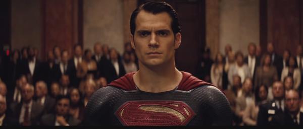 batman-vs-superman-trailer-image-6-600x256