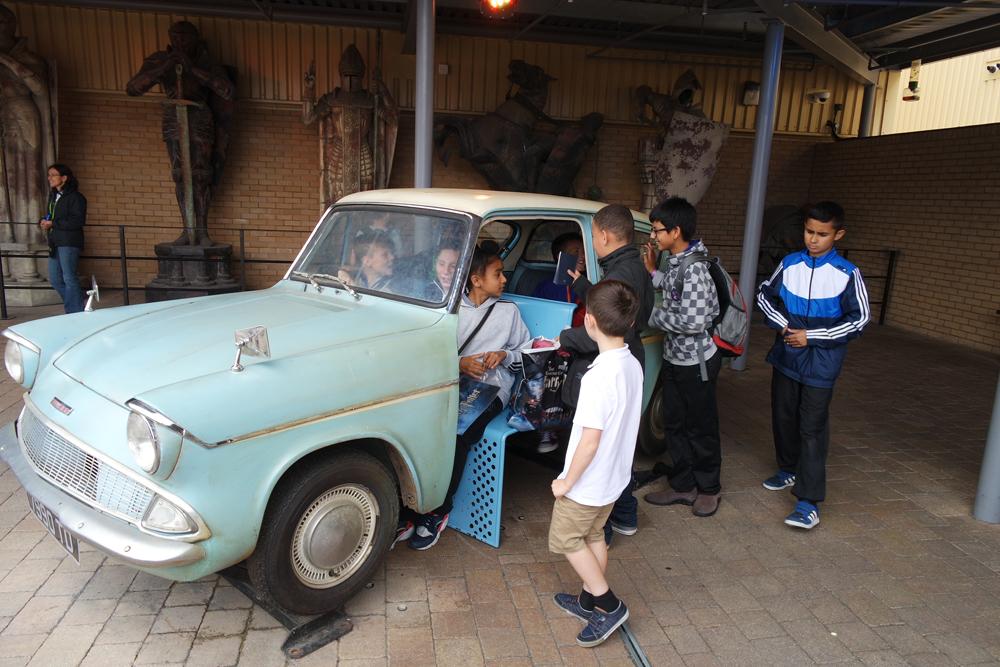 O carros dos Weasley