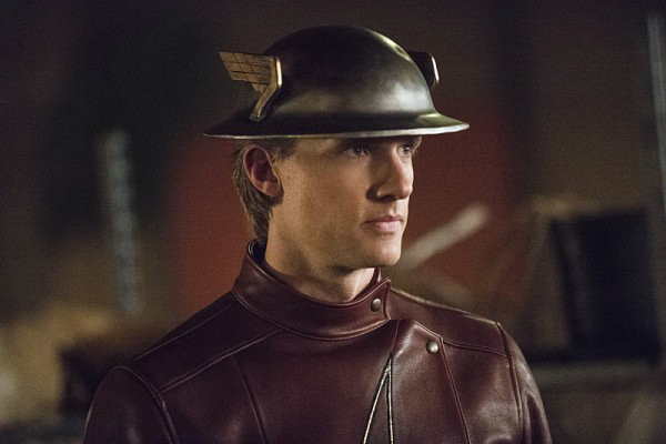 the flash 2x02 flash of two worlds plano critico