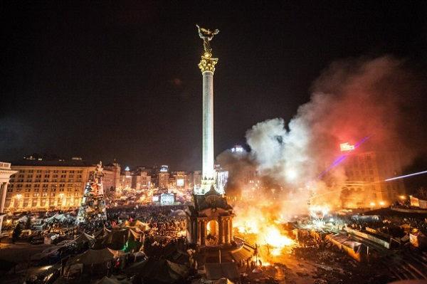 Confessarei minha ignorância logo de início: não fazia ideia da dimensão da revolução ocorrida entre o final de 2013 e começo de 2014 na Ucrânia.