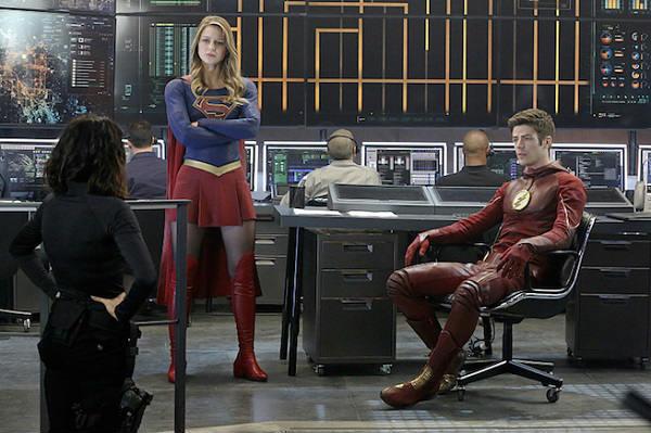 supergirl_1x18_worlds_finest_plano_critico
