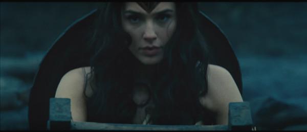 mulher-maravilha-trailer-plano-critico (23)
