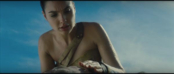 mulher-maravilha-trailer-plano-critico (29)