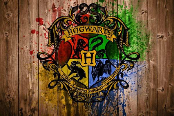 hogwarts-harry-potter-critica-guia-impreciso-incompleto-plano-critico