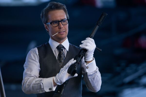 justin_hammer_with_gun