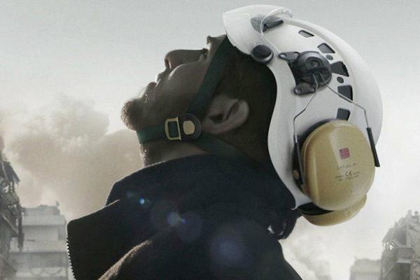 os_capacetes_brancos_plano_critico