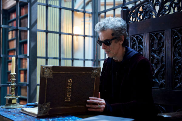 Doctor Who Series 10X06 Extremis plano critico