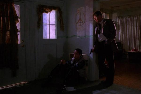 Twin-Peaks-Season-2-Episode-13-45-c37e