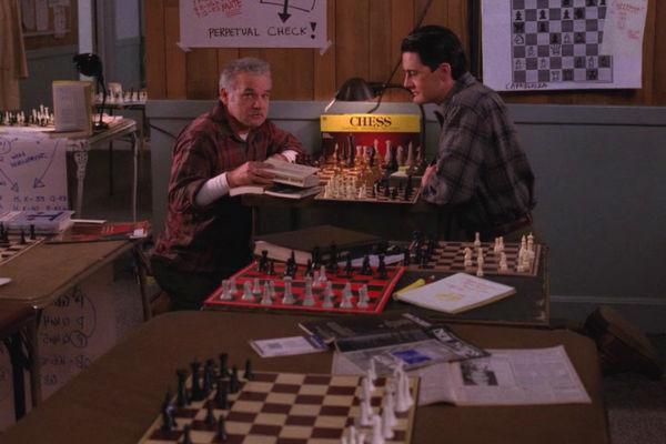 Twin-Peaks-Season-2-Episode-17-21-68e7