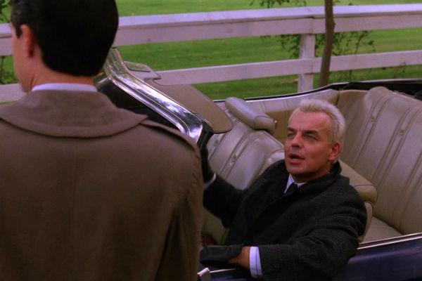 Twin-Peaks-Season-2-Episode-8-38-df40