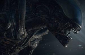 especial-alien-plano-critico