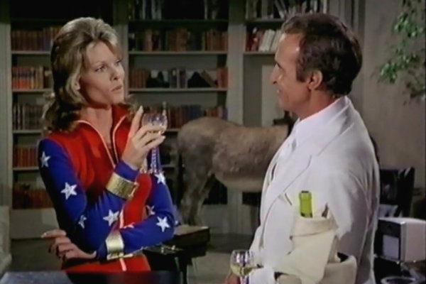mulher-maravilha-1974-plano-critico