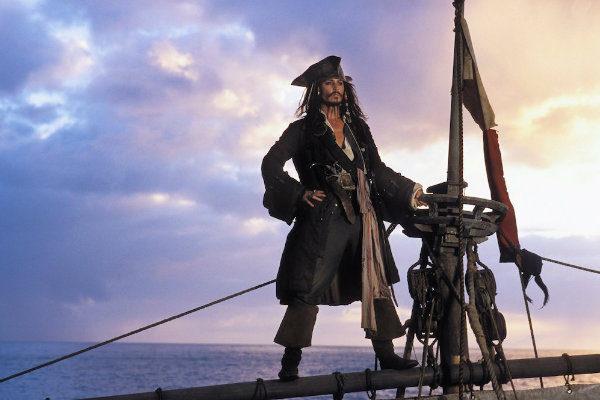piratas-do-caribe-perola-negra-plano-critico