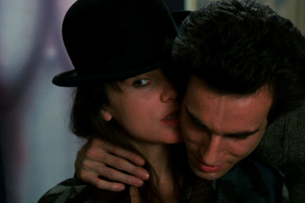 The Unbearable Lightness of Being A Insustentável Leveza do Ser (1988) plano critico