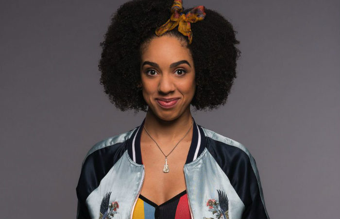 doctor-who-series-10-bill-pearl-mackie-plano critico