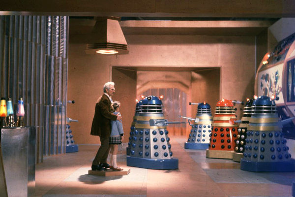 dr-who-and-the-daleks-1965-doctor who e a guerra dos daleks plano critico