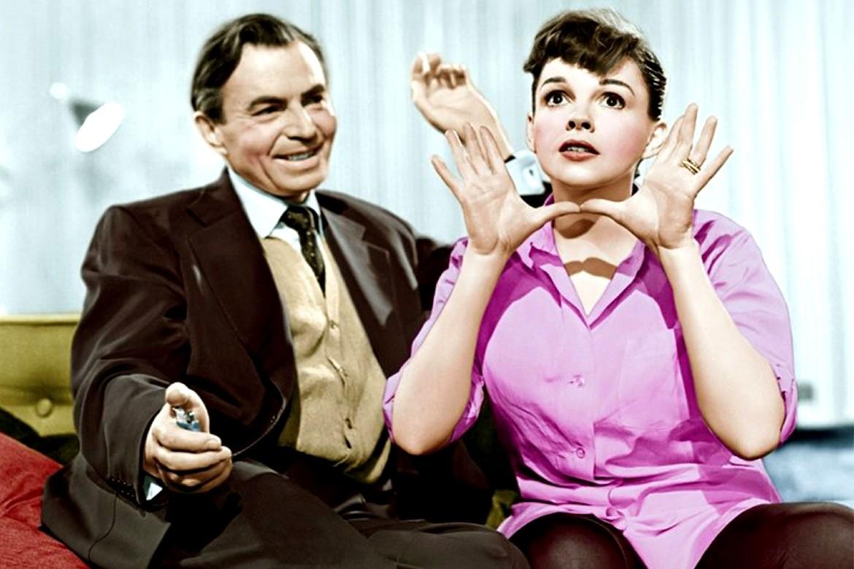 Nasce uma Estrela de 1954 contou com Judy Garland no papel principal