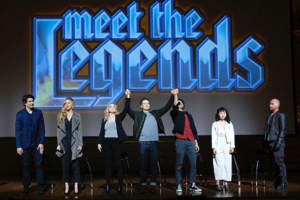 legends-of tomorrow Meet the Legends 5x01-1
