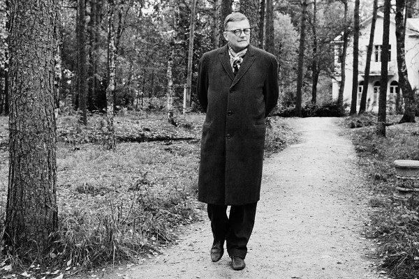 shostakovich_Sonata Para Viola - Dmitri Shostakovitch plano crítico documentário filme aleksandr sokúrov