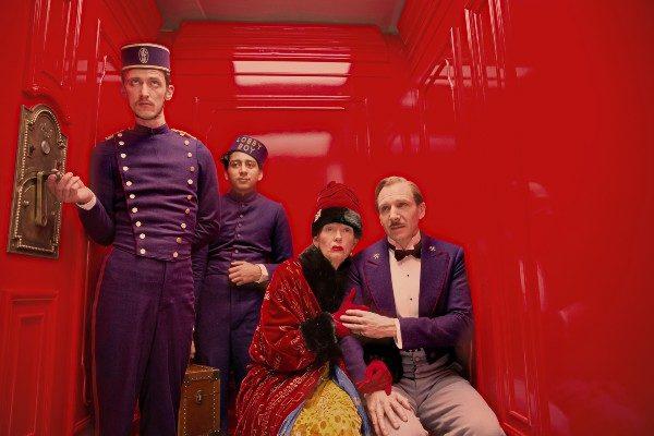 the-grand-budapest-hotel-lobbyboy plano crítico melhores da década