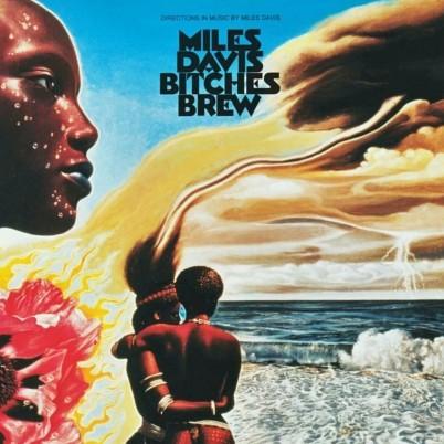 Bitches Brew Miles Davis plano crítico